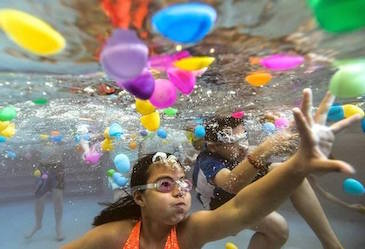 Kids enjoy egg hunt in YWCA pool